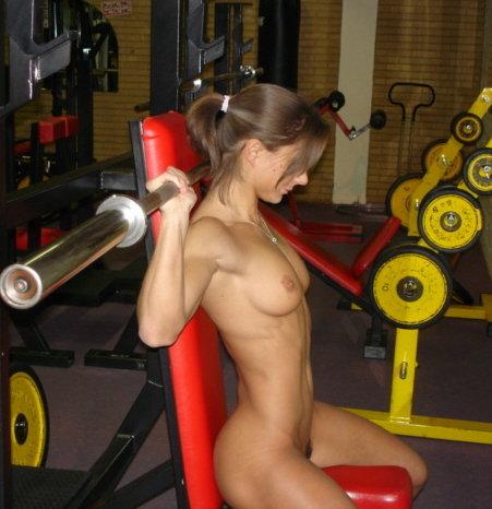 eroticheskie-foto-golih-parney-sportsmenov