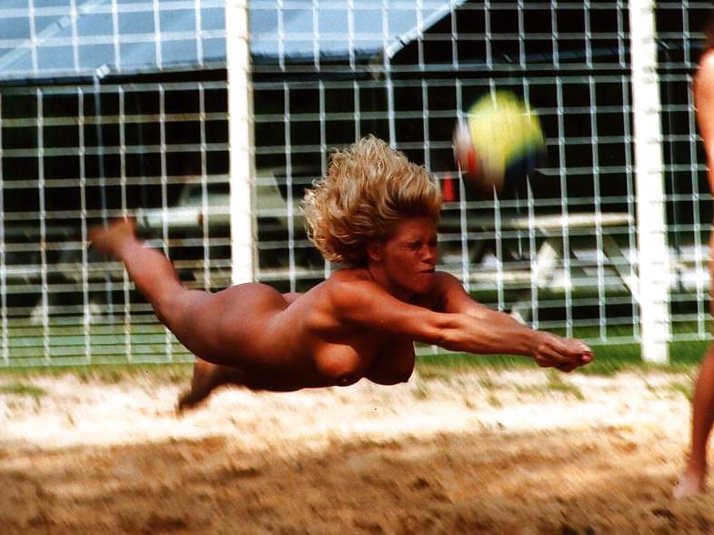 голые в спорте фото