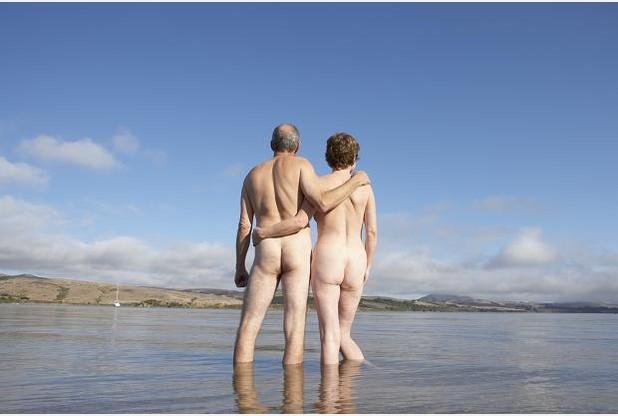 naked-older