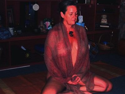 10 Things I Learned while Meditating Naked. (via Elephant Journal)