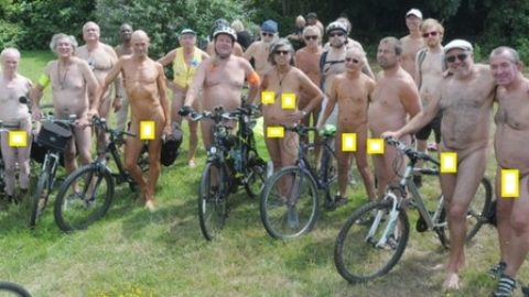 Here's 8 pictures of today's Naked Bike Ride in Folkestone (via Kent Live)